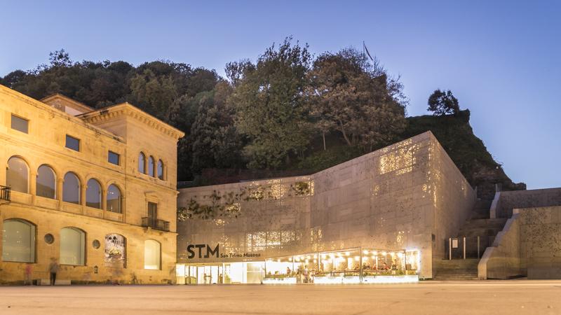 Museo di San Telmo in der Altstadt, unterhalb des Festungsbergs